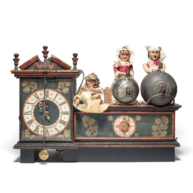 Wooden wheel clock with figure automatons