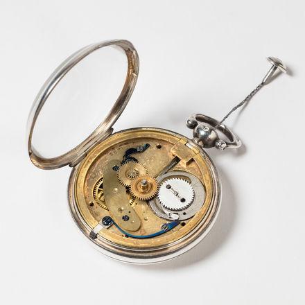 Logo Gastspiel: 16 Augenblicke der Uhrgeschichte